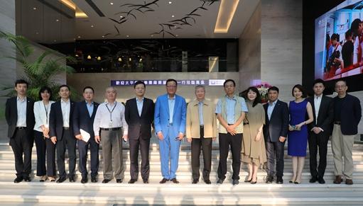 罗熹董事长访问凤凰卫视香港总部